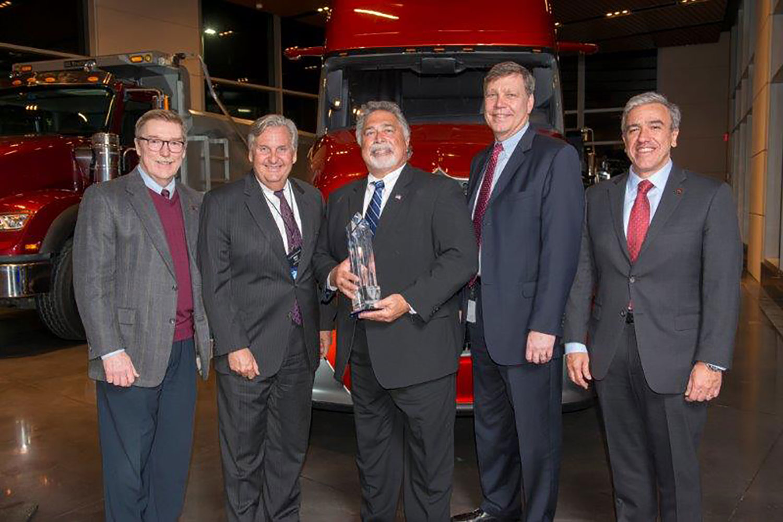 Marion Body Works Named Navistar Diamond Supplier Award Winner